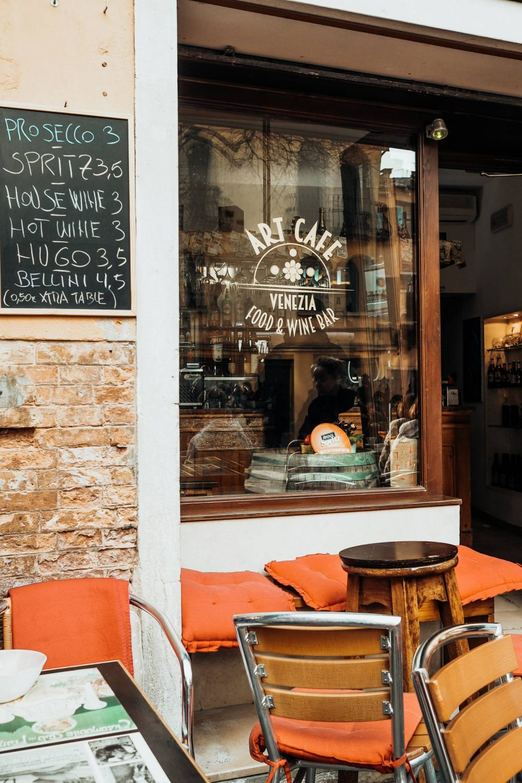 Art Caffe Venezia shop front